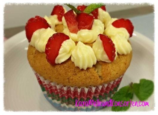 Muffins - kl. Erdbeeren OK