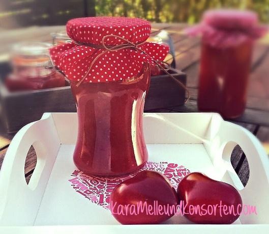 Erdbeer-Rhabarber-Konfitüre OK